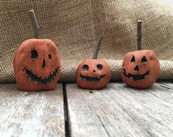Handmade Jack-O-lanterns Set Halloween Decor