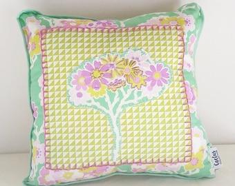 Lottie-Da Square Cushion