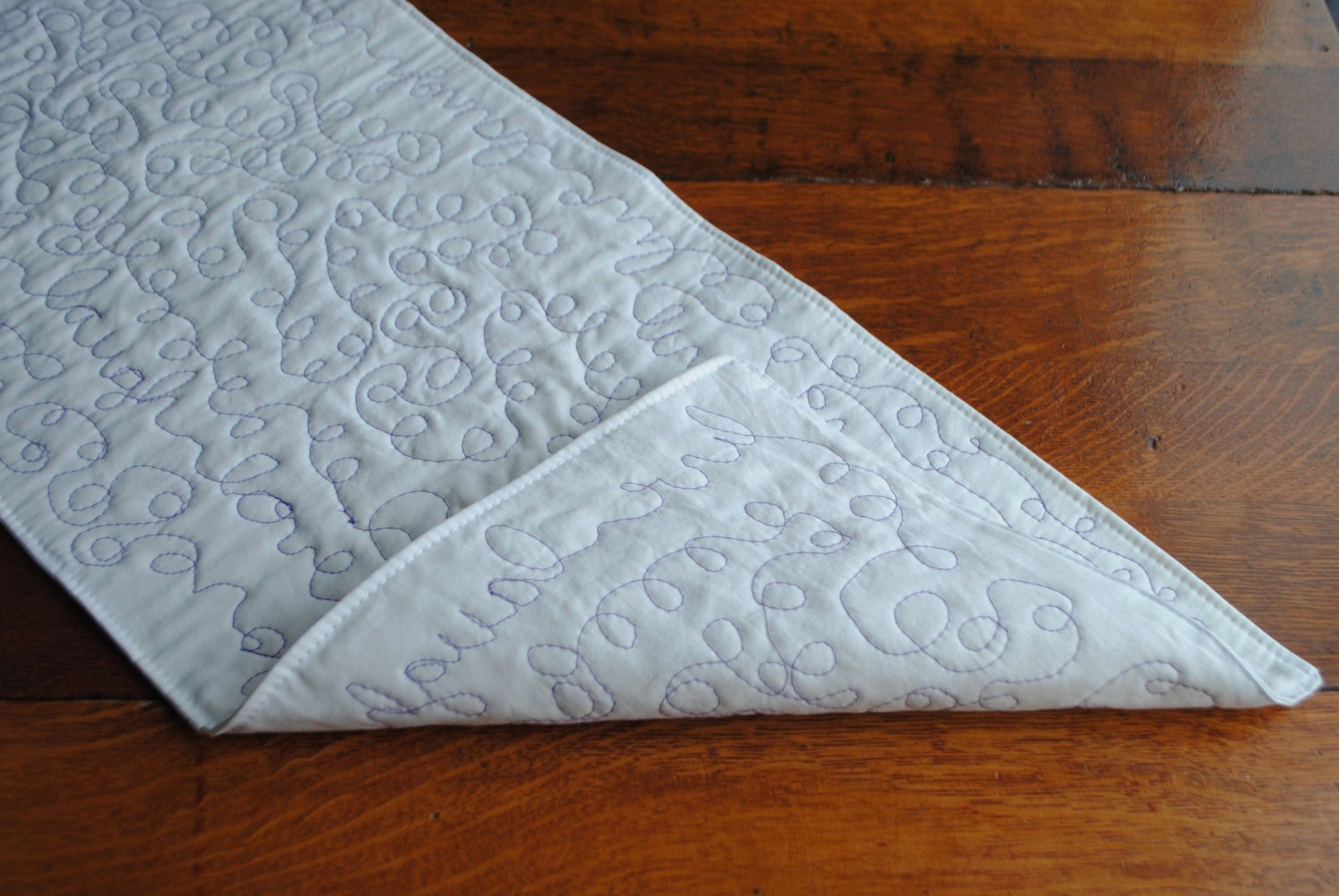 Foyer Table Runner : Modern table runner hallway decor quilted