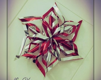 Snowflake in glossy paper