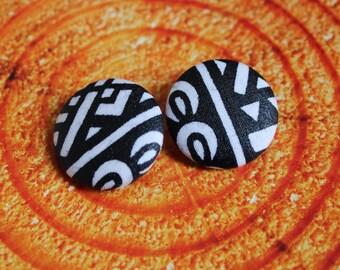 Dogon button earrings