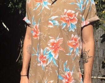Vinatge hawaiian shirt
