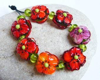 Annikalilly 's Lampwork | RED POPPIES | Handmade lampwork bead set |  flower beads 7 + 8 glass bead flowers red orange pink poppy