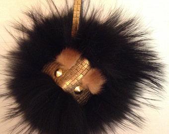 Key ring / little monster fur