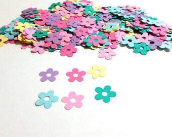 Spring flower confetti,  pastel flowet confetti 200 pieces easter confetti,  garden party confetti