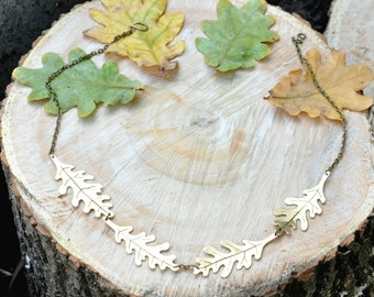Oak leaves necklace Brass necklace Statement necklace Autumn leaves jewelry Oak leaf jewelry Woodland necklace Nature inspired jewelry