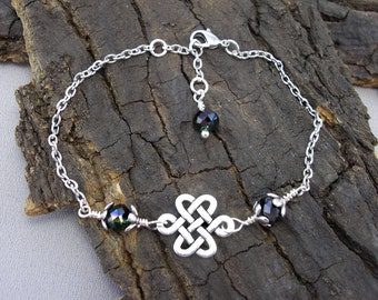 Celtic knot silver love knot with pearl bracelet