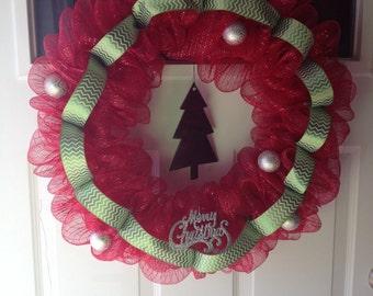 Red mesh Christmas wreath
