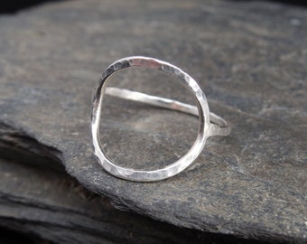 Full moon sterling silver ring (0.925), made at your size. Hammered. Circle ring. Thin, stacking ring.