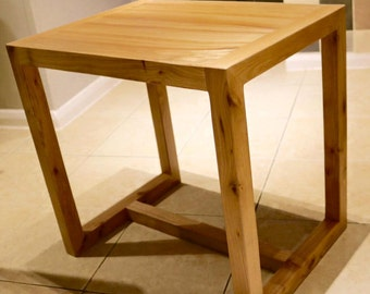 Wooden table - Elm Table