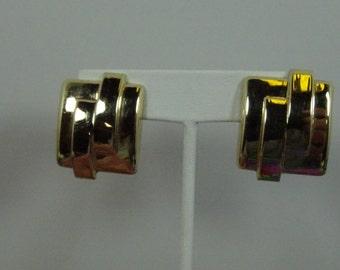 Estate 14k Gold pierced earrings 10.5GR