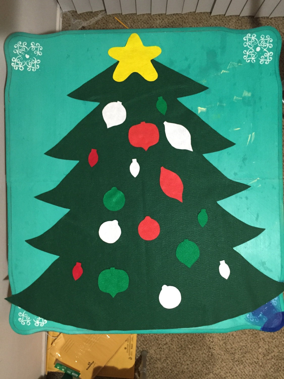 wall felt christmas tree for kids by kristasfuncrafts on etsy. Black Bedroom Furniture Sets. Home Design Ideas