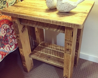 Rustic Pallet Side Table / Lamp Table