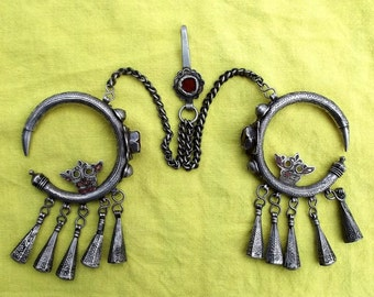"""Morocco Pair of temples earrings """"Dewwah"""" - Silver, traces of enamel and glass beads"""