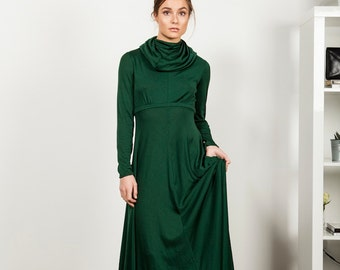 Vintage 1970 jersey Emerald green maxi dress, UK size 6-8, S
