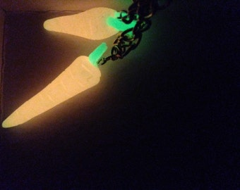 Magic glow in the dark carrot necklace