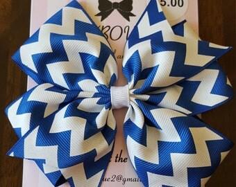 Chevron pinwheel bow
