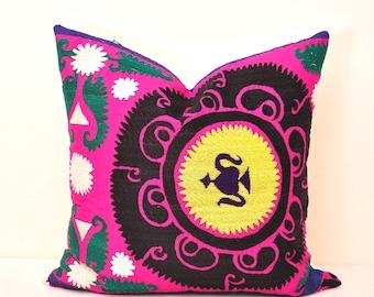 SUZANI PILLOW COVER - Throw Pillow Cover - Suzani Pillow -Suzani Pillows-Suzani Cushion-Designer Suzani Pillow-Decorative Suzani pillow