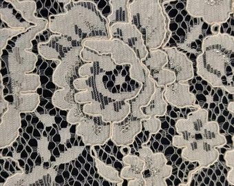 """Ivory Stretch Flat Lace Floral Fabric By The Yard 52""""-59"""" Width Dress Classy Elegant Gown Wedding Flower Flowers"""