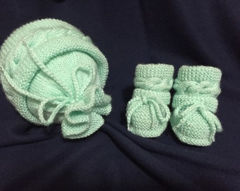 Mint set of baby hat and baby booties, Knitted Baby Set, Baby Hat, Baby Booties
