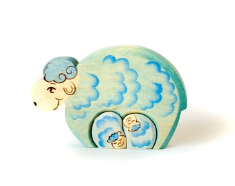 """Wooden puzzle toy """"sheep family"""" - Waldorf fairy tales toy - Small gift idea -"""