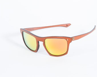 Jinx of leather, hand-made. Norriss Animae, color Brown, Orange mirrored lens.