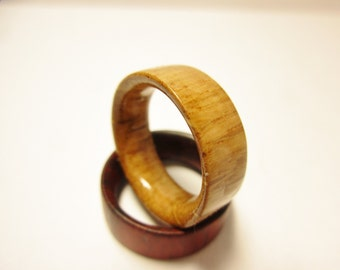 Oak wood ring.Shine finish.