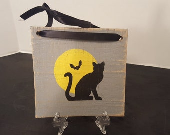 Black Cat with Moon, Halloween, Fall, Scary, Halloween sign, Painted sign