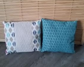 set of two pillows colour trends