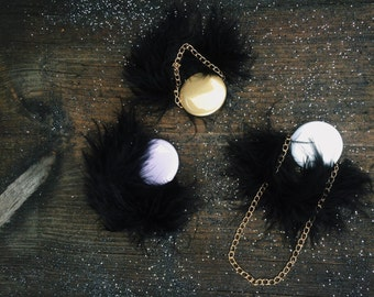 1 Dream brooch with gold chains