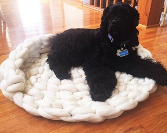 Dog Bed, Dog Mat, Chunky knit Dog Bed, Merino Wool Dog Bed, Pet bed