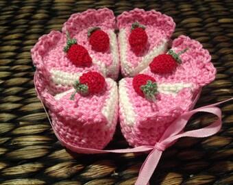 Crochet play food strawberry cake