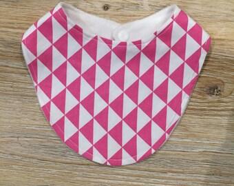 Triangle bib pink
