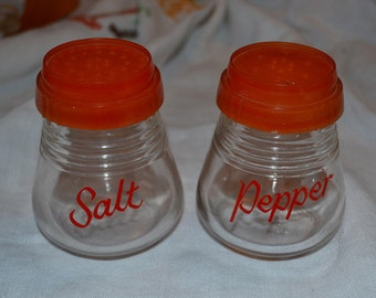 Vintage Salt & Pepper Shakers (shipping included)