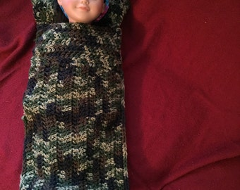 "18"" doll sleeping bag with pillow"