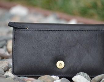Women's Wallet & Wristlet
