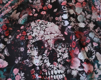 Pocket-square  Pink Skullflowers by Paul Trani