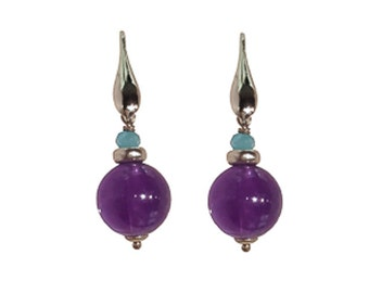 SILVER AND AMETHYST EARRING