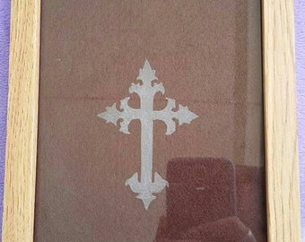 Hand Engraved picture frame - cross