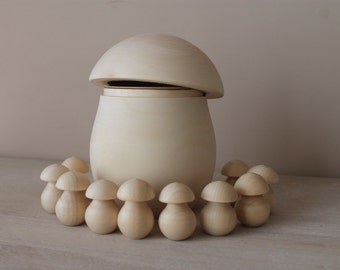 Sorting game - small wooden mushrooms