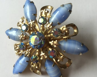 Vintage Purple-Blue Brooch, Vintage Flower-Shaped Pin