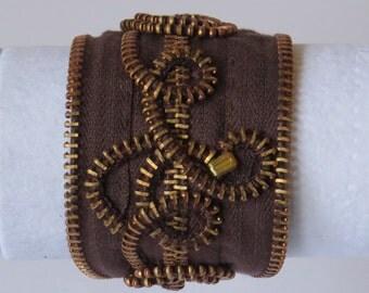 Zipper cuff bracelet