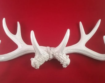 White Faux Antlers Shabby Chic Antlers Jewelry Hanger, Jewelry Stand, Faux Deer Antler - Bridesmaid Gift - Great Christmas Gift