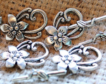 floral toggle,floral clasp,clasps,jewelry supplies,silver clasp,vine clasp,toggle
