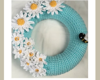 Decorative Crochet 25cm Daisy Wreath