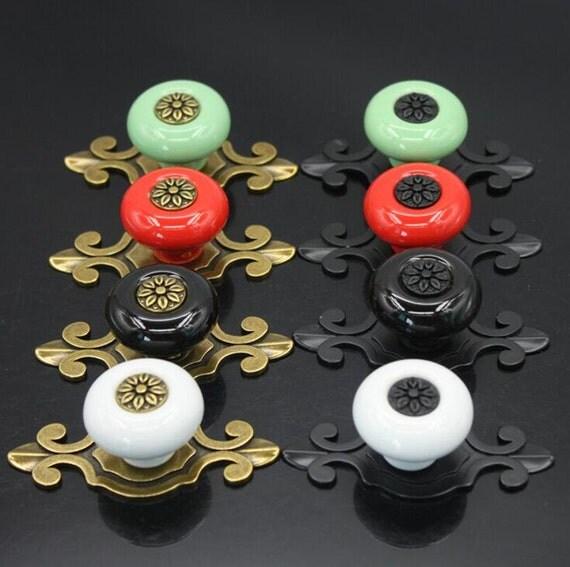 commode bouton tiroir boutons tire poign es des armoires de. Black Bedroom Furniture Sets. Home Design Ideas