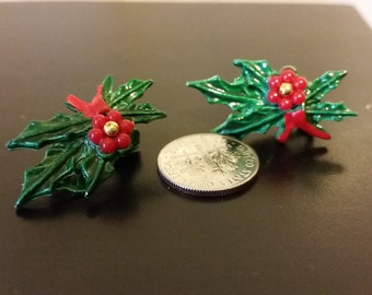 Vintage Pair of Christmas Clip On Earrings