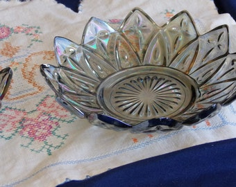 Federal glass Petal Patern Iridescent Smoke bowl. Beautiful vintage dish gleams and sparkles in purples, blues, golds & pink