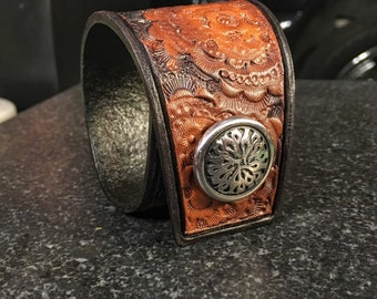Gorgeous Leather Cuff Bracelet • Hand Tooled • Hand Embossed • Handmade • AF1