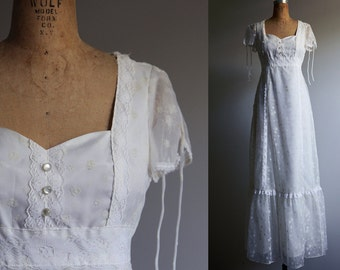 1970s White Gunne Sax Style Princess Wedding Dress - Small
